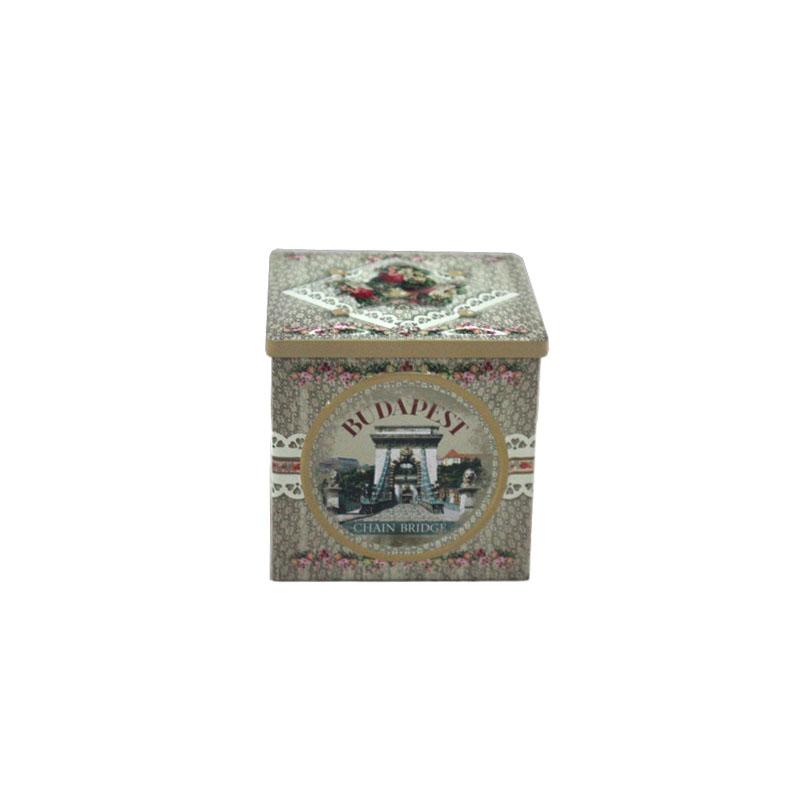 创意正方形带凸印普洱散茶铁盒工厂